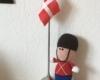 Ten soldat med flag